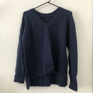 J.CREW NAVY V-NECK SWEATER
